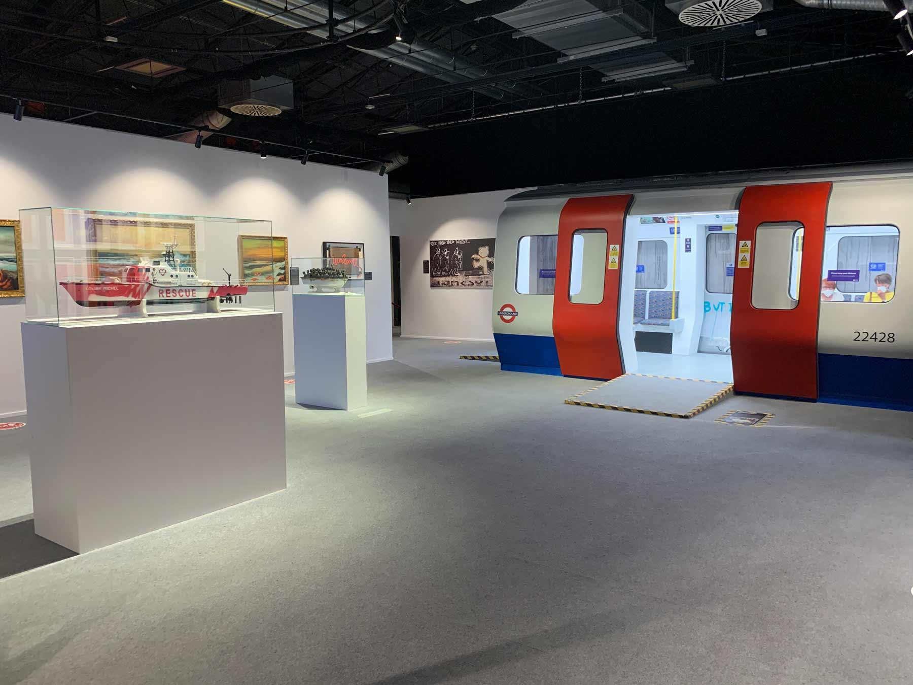 U-Bahn in der BANKSY Ausstellung
